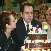 Cake cutting ceremony of Dilip Kumar's 89th Birthday Party