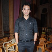 Ali Mercchant on the sets of 'Ye Rishta Kya Kehlata Hai' on completion of 800 episodes & 3 Years