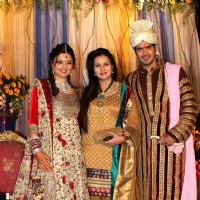 Poonam Dhillon grace Deepshikha Nagpal and Kaishav Arora wedding reception in Mumbai