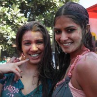 Mink Brar at Zoom Holi bash