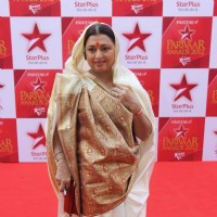 Anita Kanwal at STAR Parivaar Awards Red Carpet