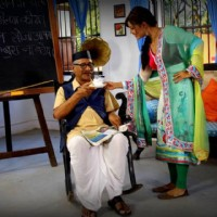 Debina Bonnerjee and Rajendra Gupta in Chidiya ghar