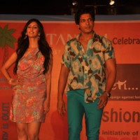 Chahat Khanna and Mahesh Shetty at GR8! Fashion Walk for the Cause Beti by Television Sitarre