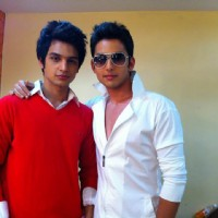 Himansh Kohli and Yuvraj Thakur Behind the scene
