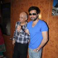 Mukesh Bhatt and Emraan Hashmi promote 'Jannat 2' at Gaiety Theater | Jannat 2 Event Photo Gallery
