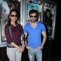 Emraan Hashmi and Esha Gupta promote 'Jannat 2' at Gaiety Theater | Jannat 2 Event Photo Gallery
