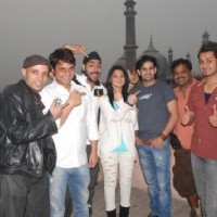 Jennifer Winget and other cast members of Love Kiya aur lag gayee in Delhi | Love Kiya Aur Lag Gayi  Photo Gallery