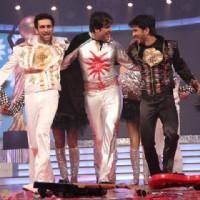 Sushant Singh Rajput, Nandish Sandhu and Krushna Abhishek Performing At Global Indian Film And Telev