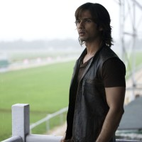 Shahid Kapoor looking confused | Kaminey Photo Gallery