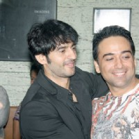 Hiten Tejwani at a party