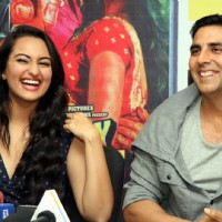 Sonakshi Sinha and Akshay Kumar at DVD launch of 'Rowdy Rathore' | Rowdy Rathore Event Photo Gallery