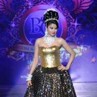 Nigaar Khan at Bharat And Dorris Bridal Fashion Awards