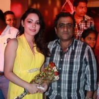 Devshi Khanduri With Kunal Ganjawala at music launch of The Strugglers