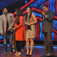 Farah Khan, Marzi, Geeta Kapoor, Kareena Kapoor, Mithun on The Sets of Dance India Dance | Heroine Event Photo Gallery