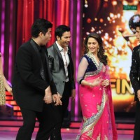 Karan Johar, Madhuri Dixit, Siddharth Malhotra, Varun Dhawan & Alia Bhatt on the sets of JDJ