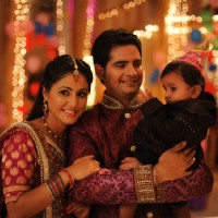 Hina khan and Karan Mehra on the set Yeh Rishta Kya Kehlata Hai