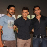 Farhan Akhtar, Aamir Khan and Ritesh Sidhwani at Talaash Music Launch | Talaash Event Photo Gallery