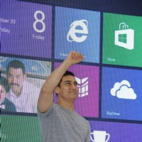 Aamir Khan promotes film Talaash with Microsoft Windows 8 | Talaash Event Photo Gallery