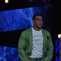 Salman Khan promoting Dabbang 2 on the sets of Big Boss 6
