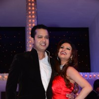 Rahul Mahajan with wife Dimpy Mahajan at Nach Baliye 5
