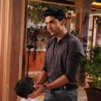 Gurmeet and Divyam in a scene from Punar vivah