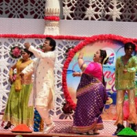 Rajendra Chawla and Supriya Shukla at Holi Ka Jashan, Rang De Colors Ke Sang