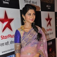 Jennifer Winget at Star Parivaar Awards 2013
