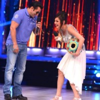 Drashti Dhami and Salman Khan