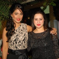 Hina Khan and Pooja Joshi at the 5 years Celebration of Yeh Ristha Kya Kehlata Hai