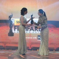 Shilpa Shukla recieves the Best Actor Female(Critics) Award for B.A. Pass