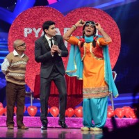 Gautam Rode and Sunil Grover perform at Nach Baliye Season 6 Grand Finale