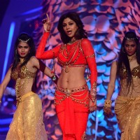 Shilpa Shetty performs at Nach Baliye Season 6 Grand Finale
