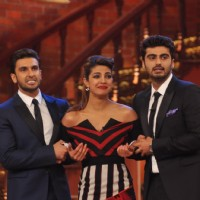 Ranveer and Arjun tug onto Priyanka during promotiions of their film Gunday | Gunday Event Photo Gallery
