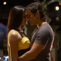 Romantic scene of Saif and Deepika | Love Aaj Kal Photo Gallery