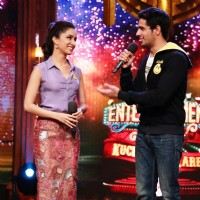 Sidharth praises Shraddha during the promotions Ek Villain on Entertainment Ke Liye Kuch Bhi Karega