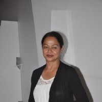 Zarina Wahab pose for media
