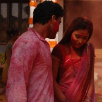 Alekh telling romantic words to Sadhna