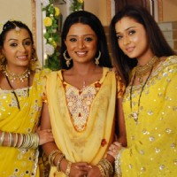 Ragini with Sadhna and Malti