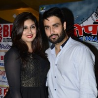Vahbbiz and Vivian Dsena pose for the media at the Trailer Launch of Ekkees Topon Ki Salaami