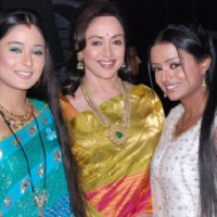 Ragini and Sadhna with Hema Malini