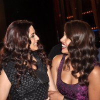Sonali Bendre and Priyanka Chopra share a laugh on India's Best Cine Stars Ki Khoj