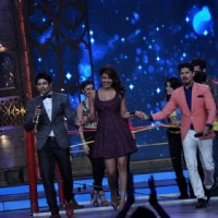 Hussain and Vishal shake a leg with Priyanka Chopra on India's Best Cine Stars Ki Khoj