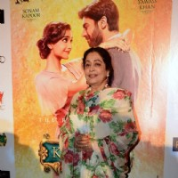 Kirron Kher poses beautifully for the media at the Promotion of Khoobsurat
