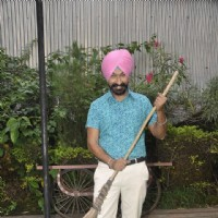 Gurucharan Singh Joins the Clean India Campaign