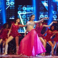 Malaika Arora Khan performs at Slam Tour in Vancouver and San Jose