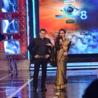 Rekha praises Salman Khan on Bigg Boss 8