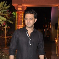Vatsal Sheth poses for the media at Sachin Joshi's Diwali Bash