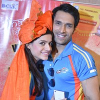 Rishika Mihani poses with Shaleen Malhotra at the Grand launch soiree of Pune Anmol Ratn