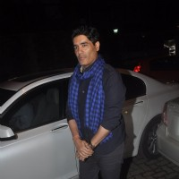 Manish Malhotra poses for the media at Sonali Bendre's Marriage Anniversary