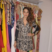 Bipasha Basu poses for the media at Sonaakshi Raaj Store Launch